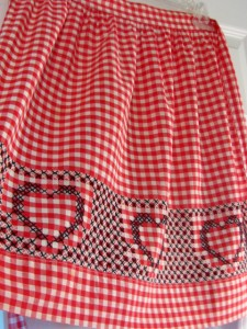 Chicken Scratch Heart Apron