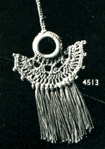 Vintage Crafts and More - Vintage Curtain Pull Necklace Crochet Pattern