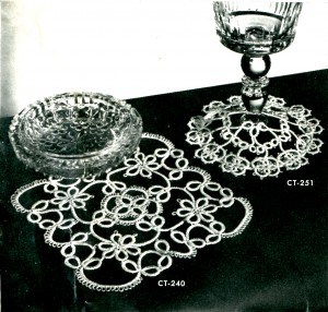 Vintage Crafts and More - Scroll Mat Tatting Pattern