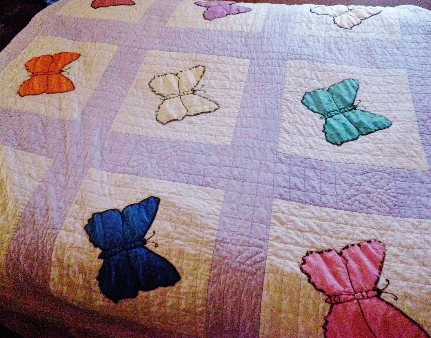 Using Vintage Hankies for a Butterfly Quilt - Vintage Crafts and More : butterfly quilt - Adamdwight.com