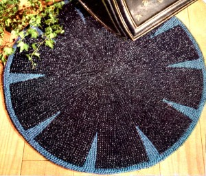 Round Rug Knitting Pattern With Aunt Lydia S Heavy Rug