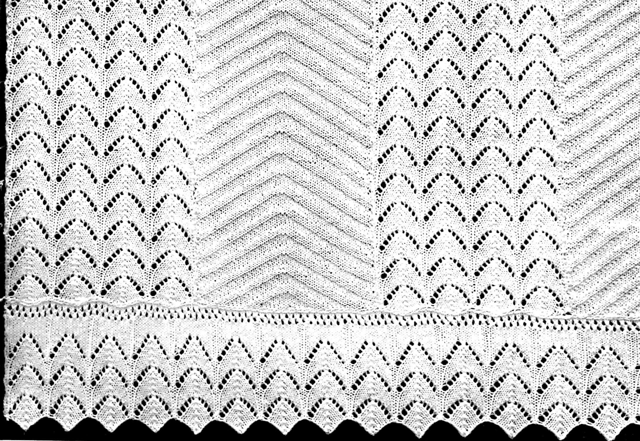 Knitting Pattern for a Bedspread in a Pointed Leaf Design - Vintage ...