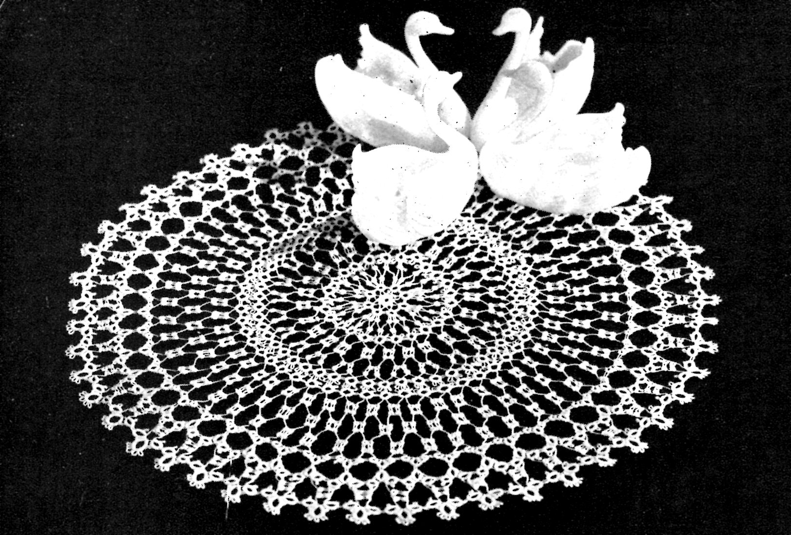 Free tatting pattern archives vintage crafts and more swan tatted doily pattern vintage crafts and more bankloansurffo Image collections