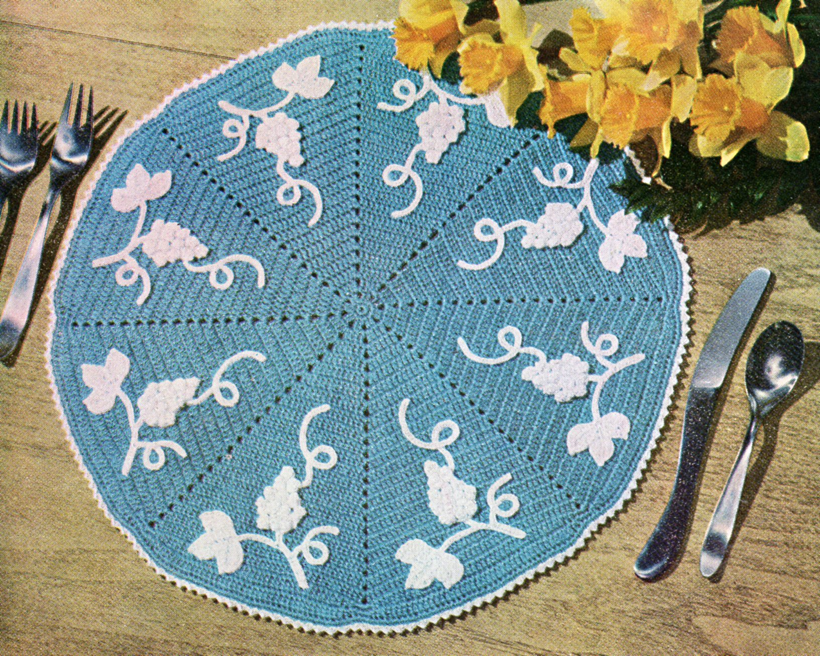 Vintage Crafts and More - Free Vintage Craft Patterns: Sewing ...